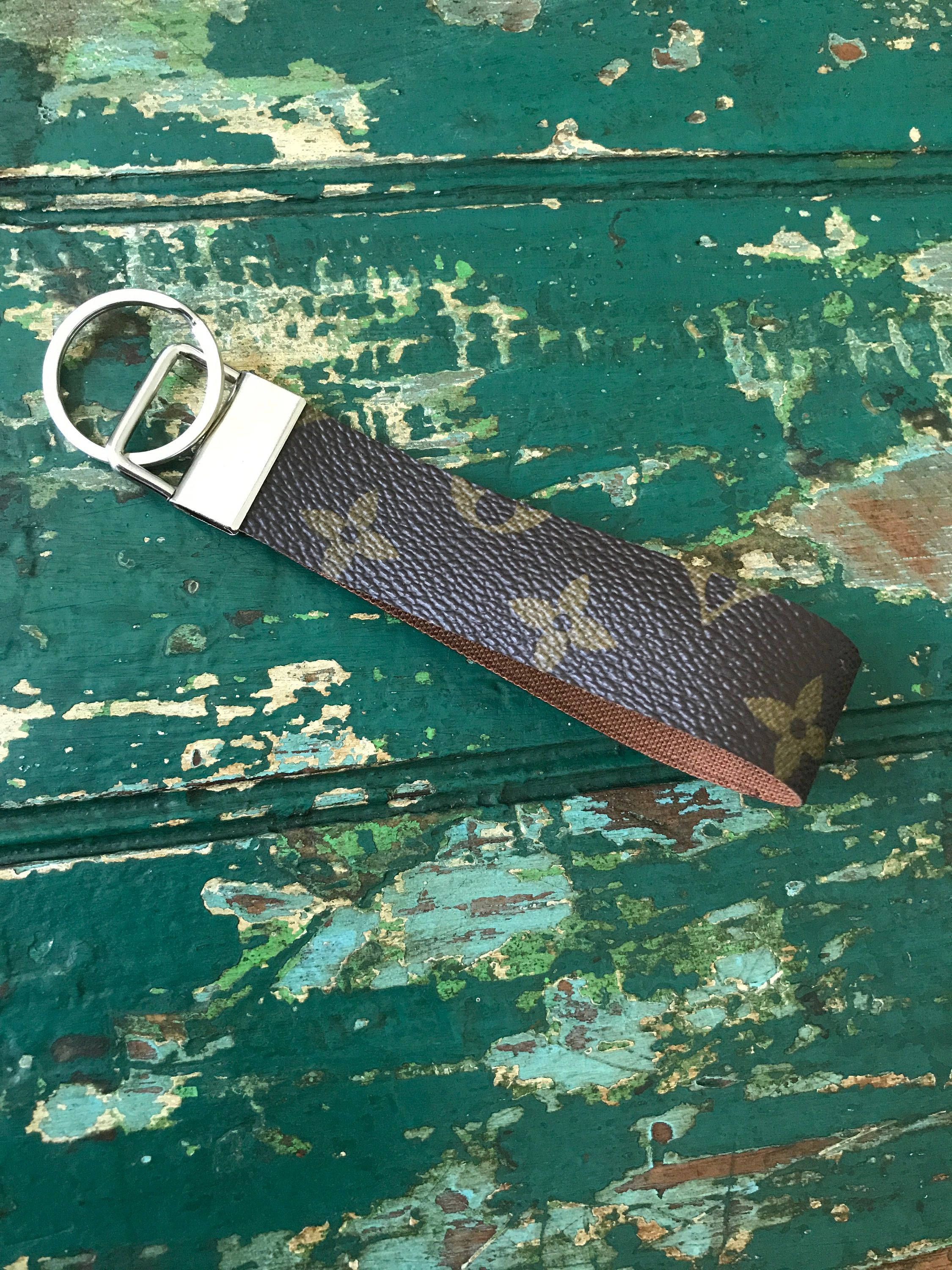 Jeep Vinyl Strap Keychain with Clip