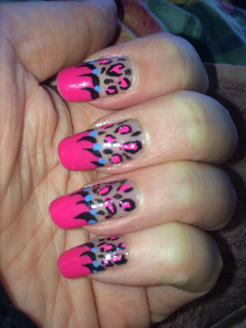 Pink Leopard. Thanks to Dazzle Dry and Inaz glitter. Luv it! | Talon ...