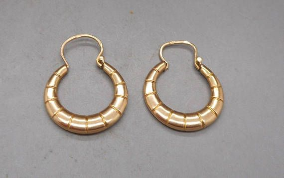 Stunning Art Deco 18 Carat Gold French Creole Hoop Earrings