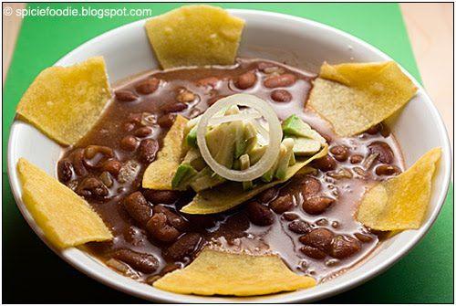 Sopa de frijoles bean soup mexican soups mexican bean soup beans dishes forumfinder Images