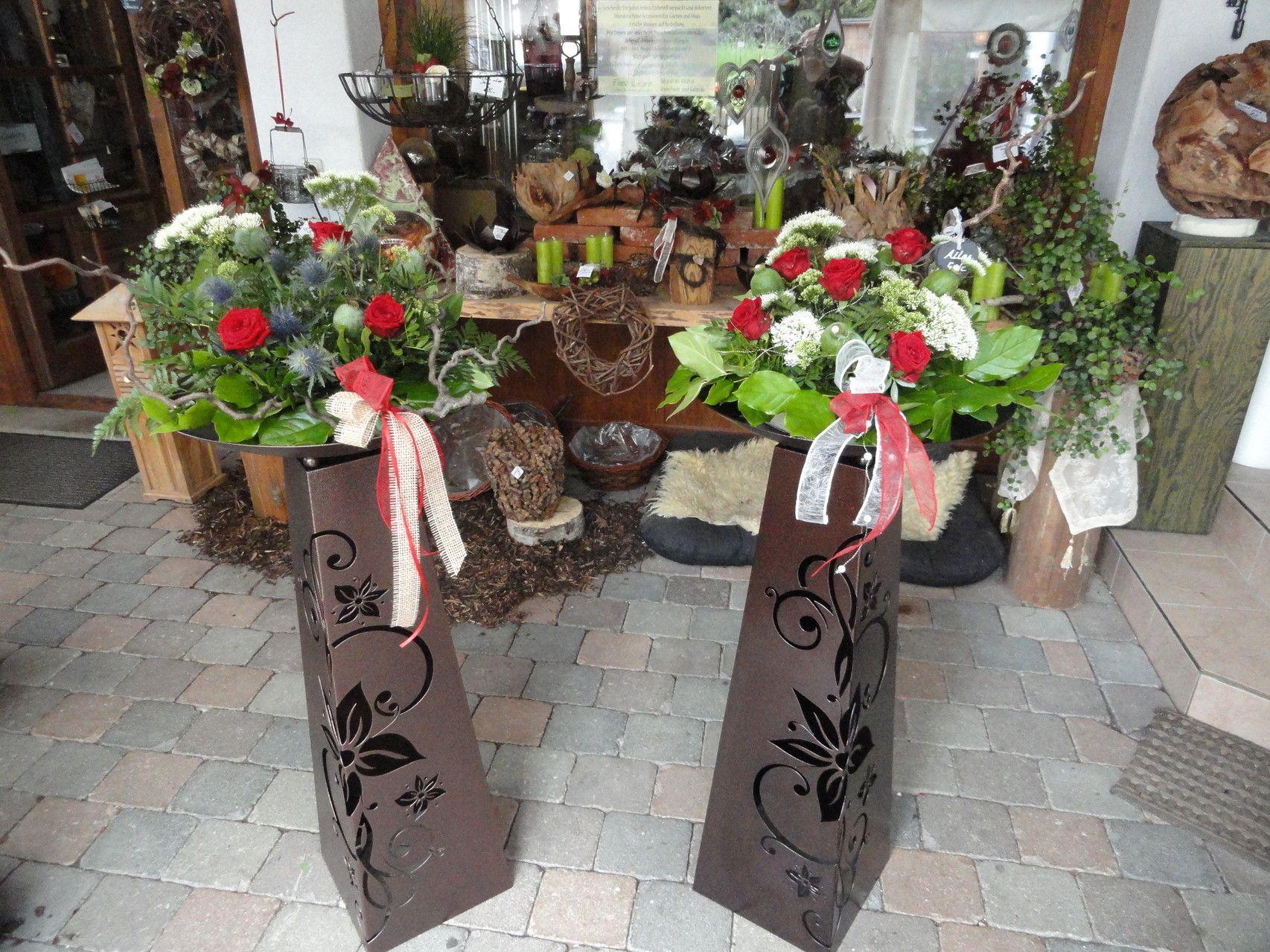 Pulverbeschichtete Saulen Blume In Kupfer Gartendeko Von Franz Und Karin 84155 Aich Niederaicher Str 28 Pflanzschale Pflanzen Garten Deko