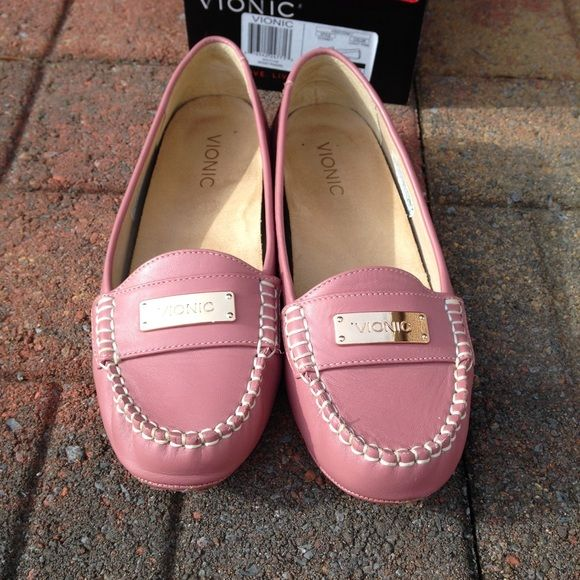 f0e1ff3c900 Vionic Orthaheel woman s Sydney Light Pink Slip on NWT