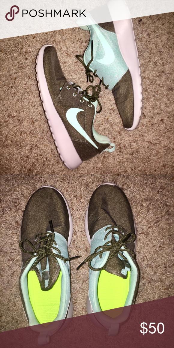 green and turquoise Nikes -green and turquoise Nike Shoes Athletic Shoes