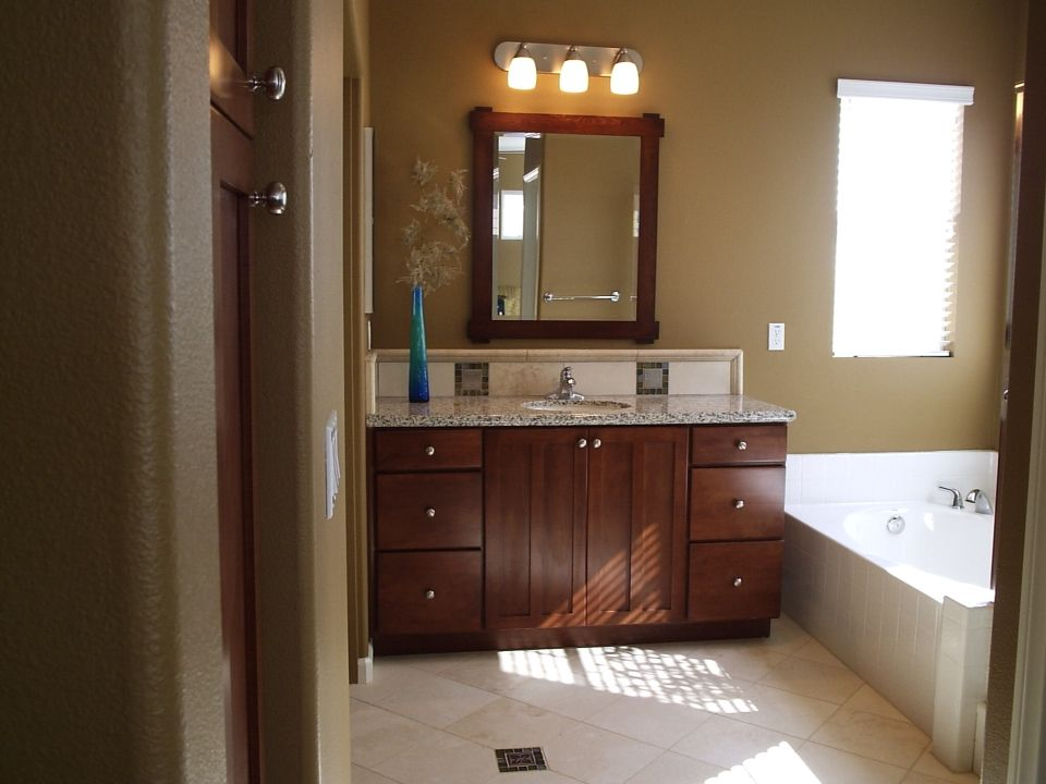 Bath room with shaker Maple cabinets | Shaker style ... on Bathroom Ideas With Maple Cabinets  id=92664