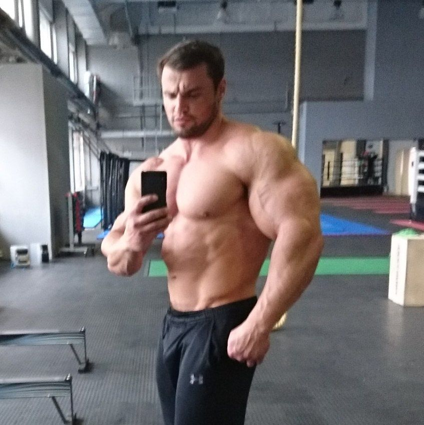 muscular guys, bodybuilders and my states of soul. — pavel