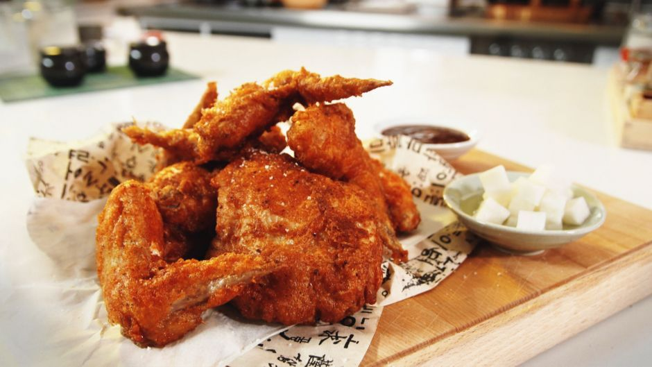 Ultimate korean fried chicken asian food channel food glorious ultimate korean fried chicken asian food channel forumfinder Gallery