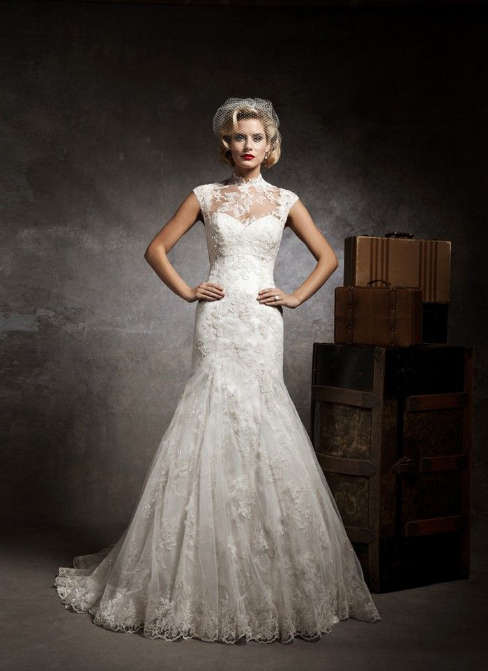 17 Best images about Wedding Dresses on Pinterest - Wedding dress ...