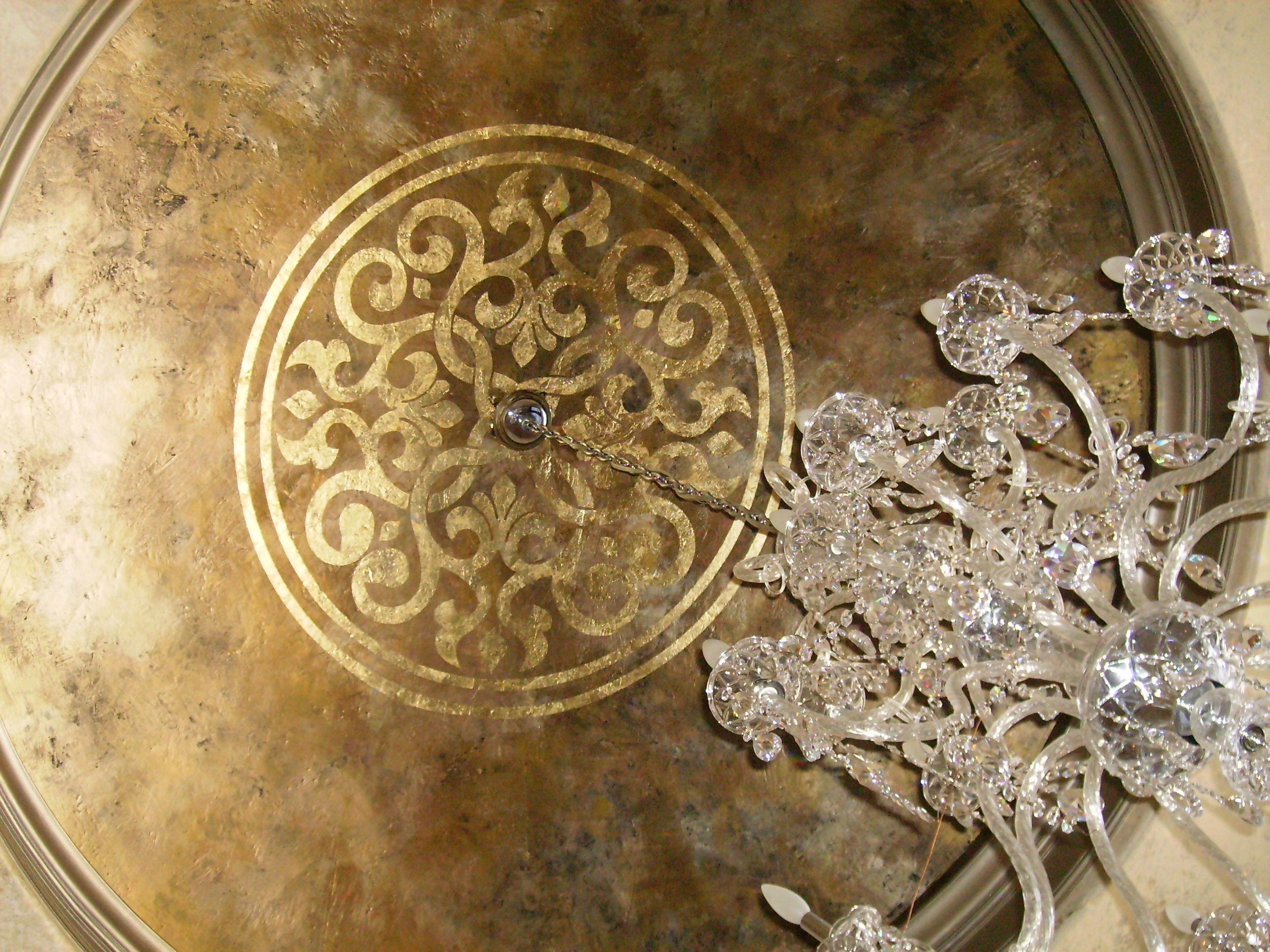 Decorative Finishes Studio Metallic Wax Dome Gold Leaf Modello With A Coordinating Metallic