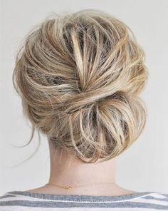 15 jolis chignons faciles à faire | Jolie coiffure ...