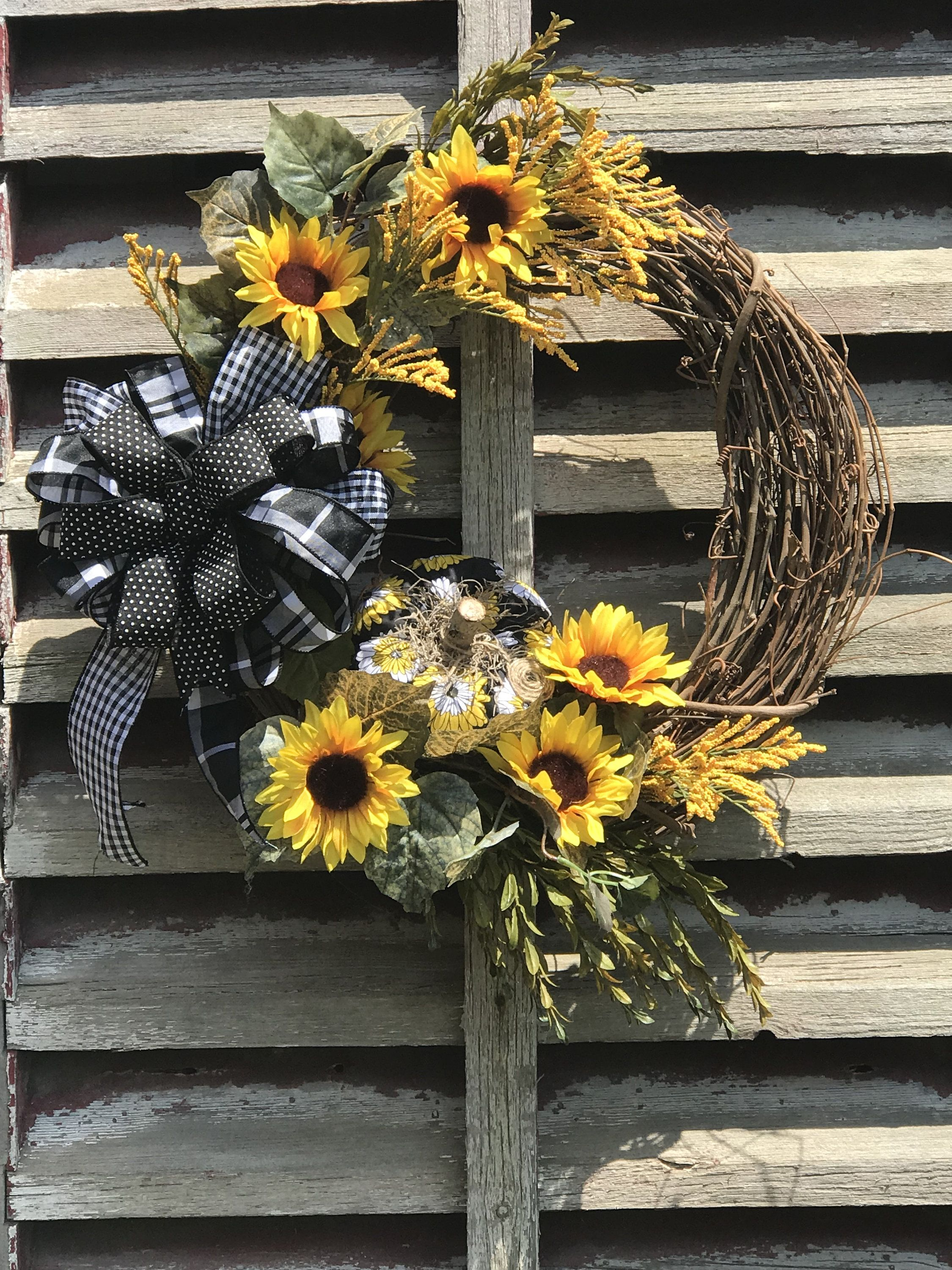 Photo of Beautiful Fall Yellow Sunflower wreath for your Front door, Autumn Wreath for front door, Fall wreath with pumpkin, Sunflower wreath, fall