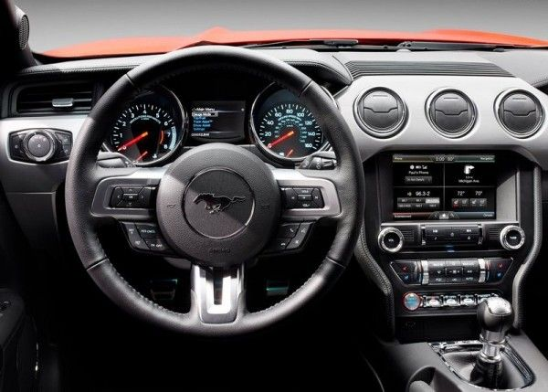 2015 Ford Mustang Gt Cockpit 600x429 2015 Ford Mustang Gt Complete