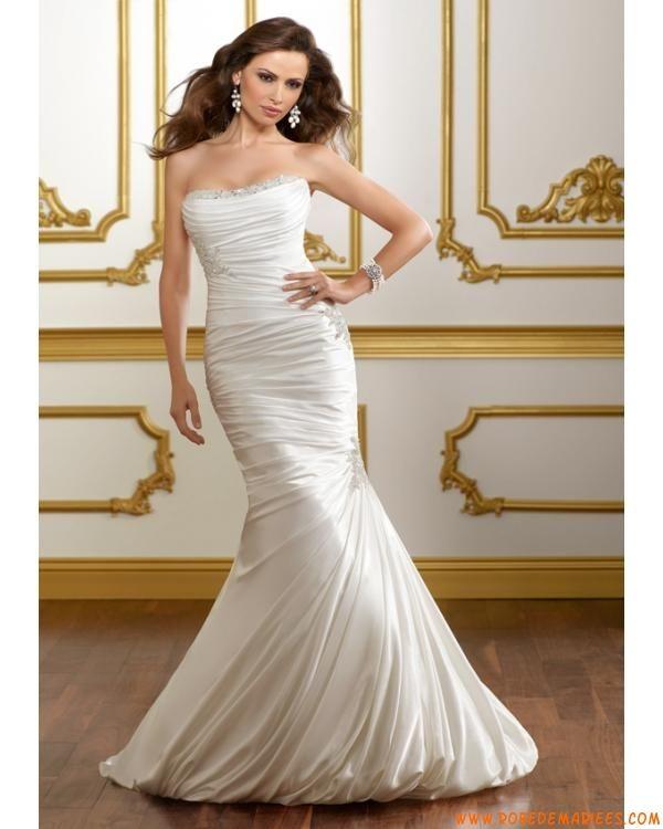 Robe de mariée sirène taffetas ornée de broderie et de perles