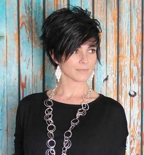 Pretty Dark Short Hair - Hairstyles Fashion and Clothing #curlshorthair