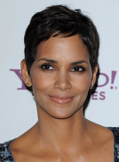 Halle Berry Short Hairstyles halle berry short straight casual halle berry short straight casual side view Halle Berry Pixie Hairstyle