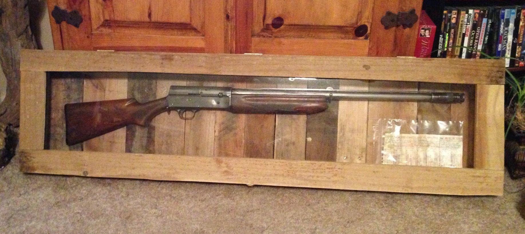 Double pistol handgun revolver gun display case cabinet rack shadowbox - Gun Display Case Made From Pallets