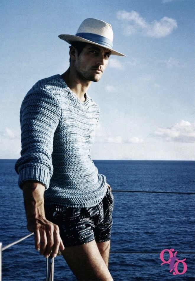 #GayBeachLook This is a really chic beach look for this fall. Shorts are getting shorter in Playa del Carmen and a knitted sweater seems like the right complement for this sailing outfit. #gaycations #gayfashion #lgbtvacations #beachwaer