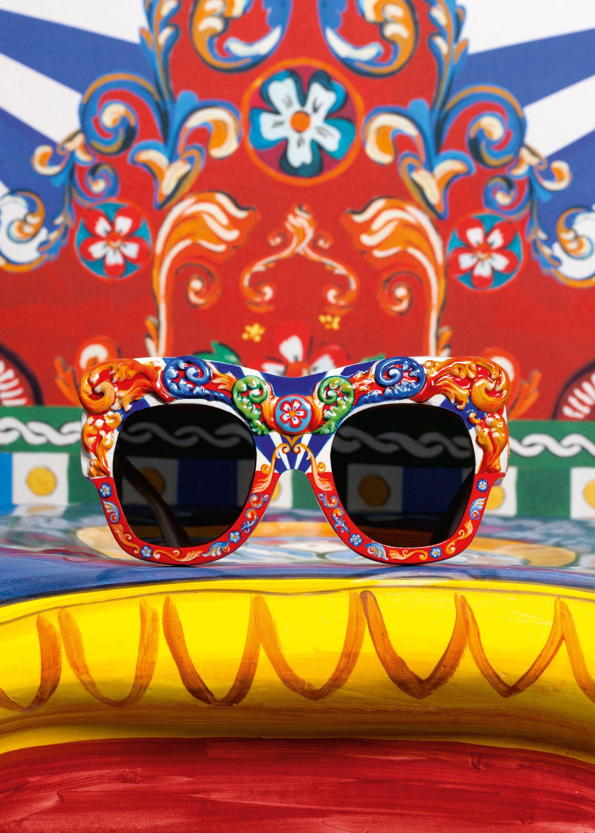 Dolce & Gabbana Collezione Donna Estate 2016 Carretto Siciliano: scopri tutti i dettagli.