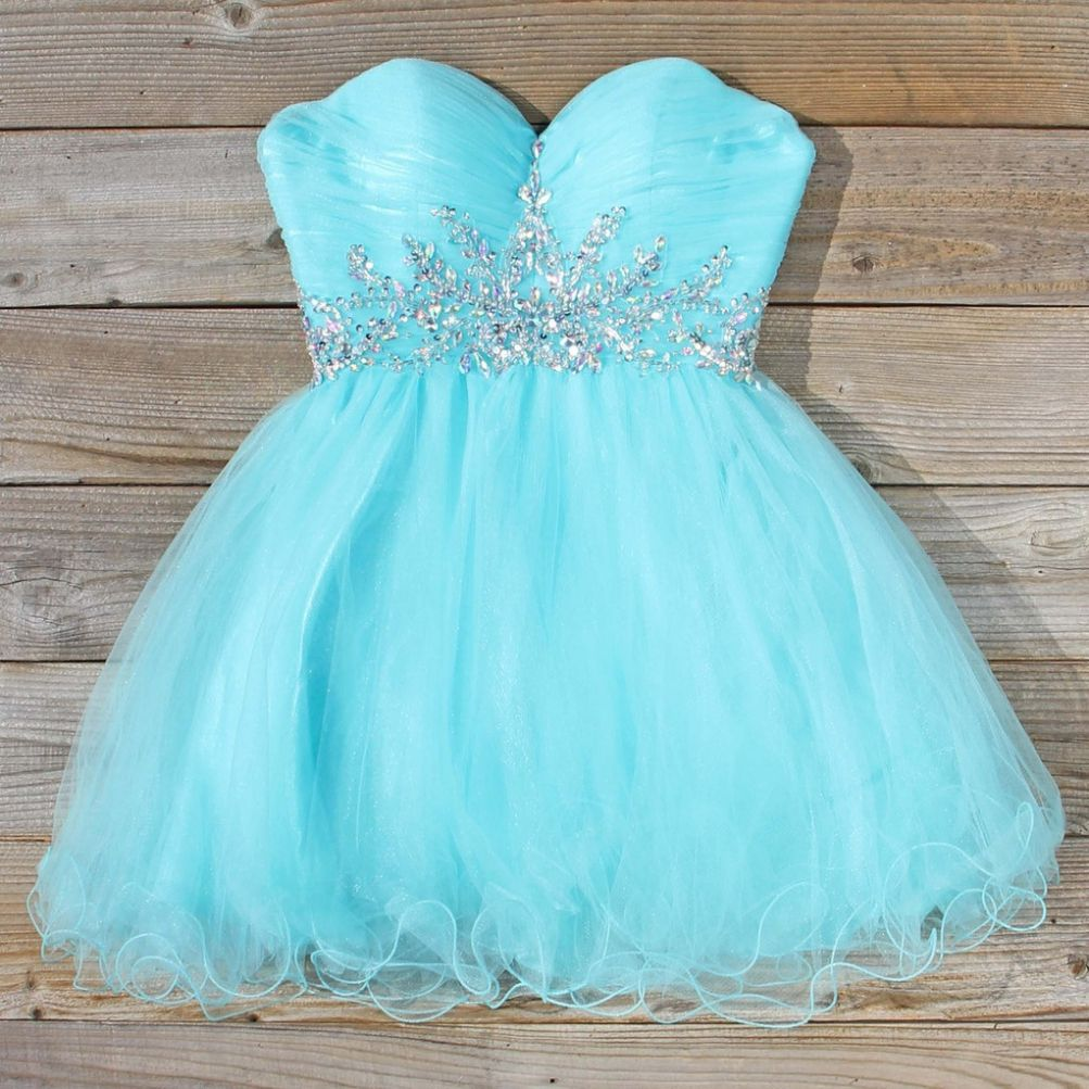 Princess sweetheart neck blue tulle with beaded homecoming dress