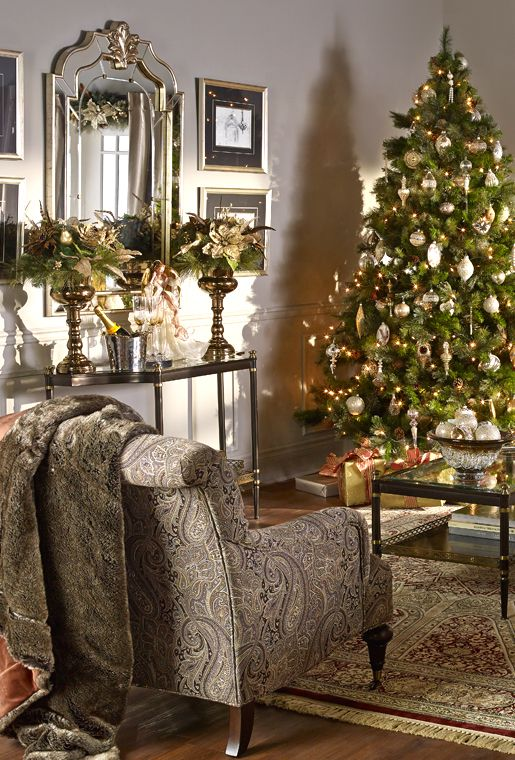 Bombay & Co, Inc. :: LIVING | Christmas guest room ...