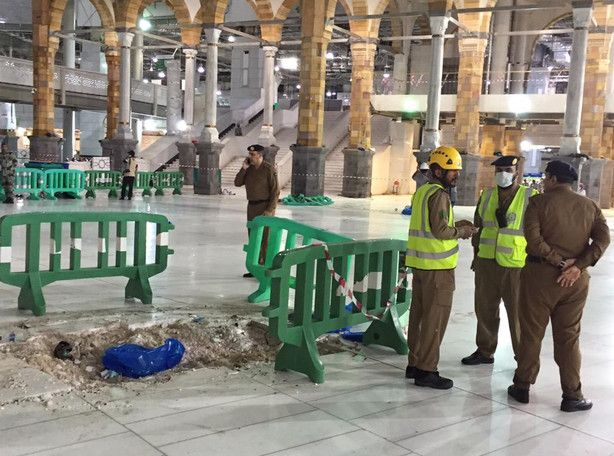 Saudis 107 Dead In Crane Collapse At Mecca S Grand Mosque With