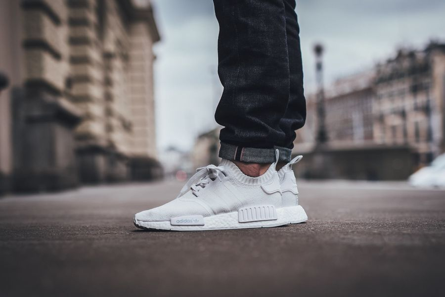 Adidas Nmd Triple White Release Date Mens Outfits Adidas Nmd Triple White Adidas Nmd R1 Primeknit