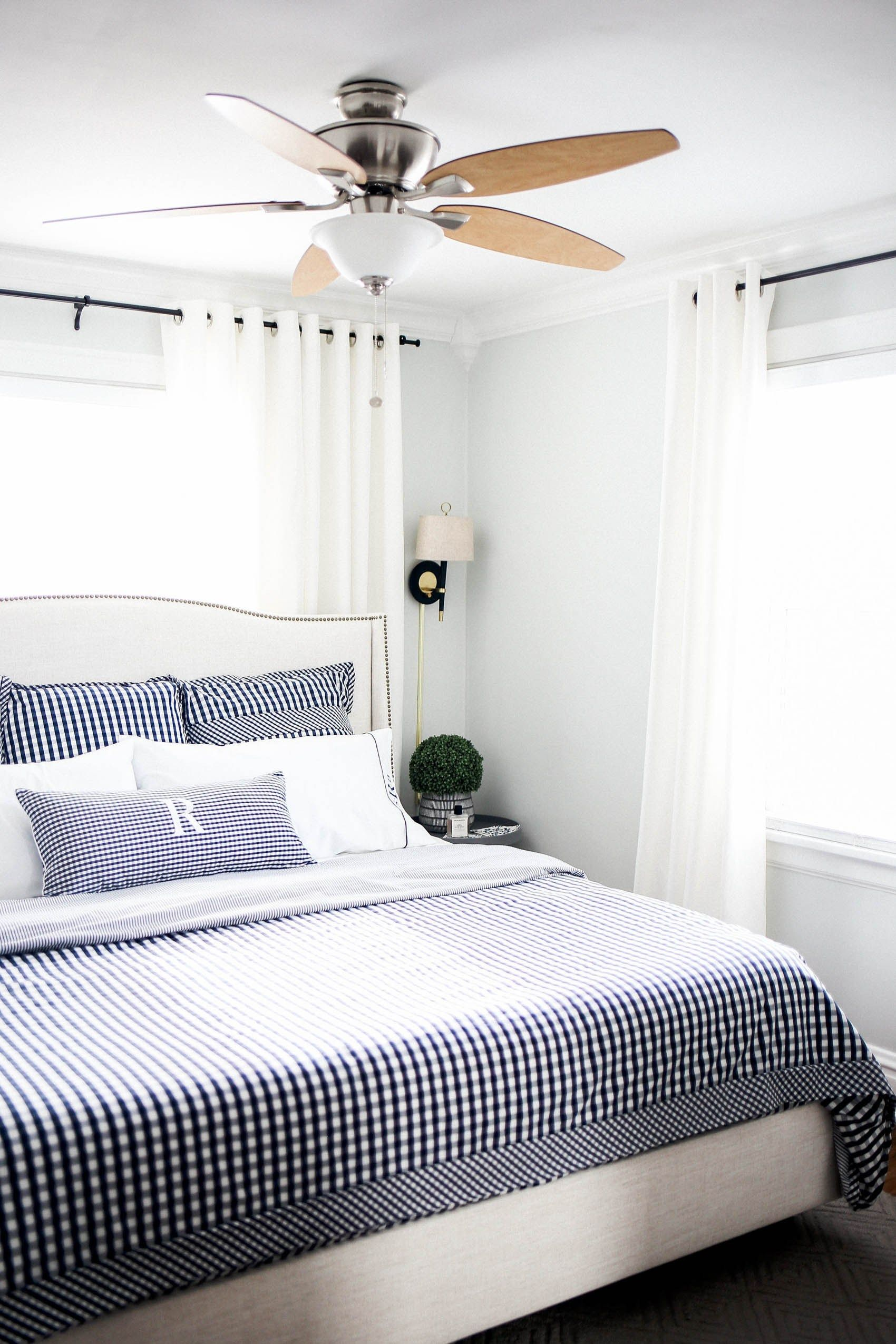 King Size Bed In Small Room