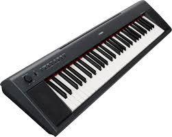 Yamaha Piaggero NP11 piano digitalal