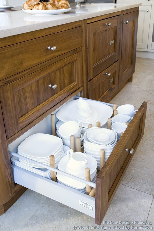 Woodale Designs Portfolio Gallery Of Kitchens Kitchen Design Kitchen Concepts Condo Kitchen