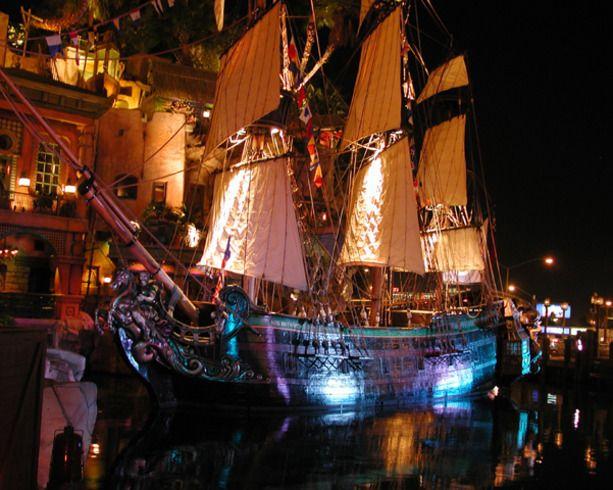 Treasure Island Pirate Show Las Vegas Nevada
