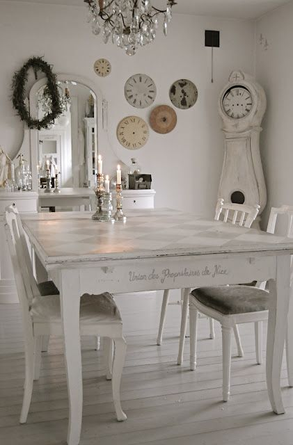 Like The Top Of Table And Writing Also Clock Faces On Wall Use Of