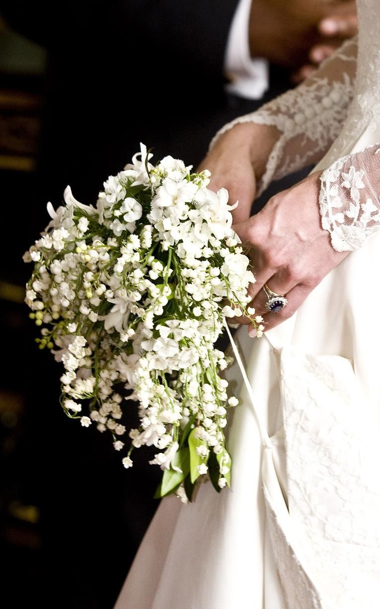 Kate Middleton S Wedding Dress In Pictures Kate Middleton