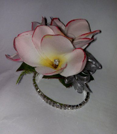 Wrist Corsage And On Hole Flower Ideas For School Ball Weddings Prom