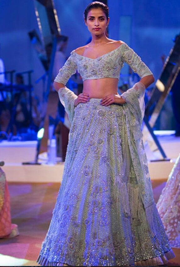 Manish Malhotra Lehenga | Ethnic Couture. | Pinterest | Manish ...