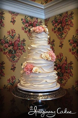 Imaginary Cakes Bakery Wilmington Nc Wedding Cake Roses Cake Bakery Cakes