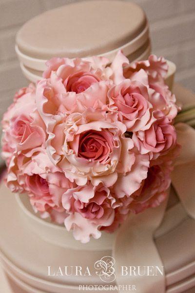 Cabbage Rose Bridal Bouquet | Pink Rose Bouquet Wedding Cake » Spring Wedding Cakes
