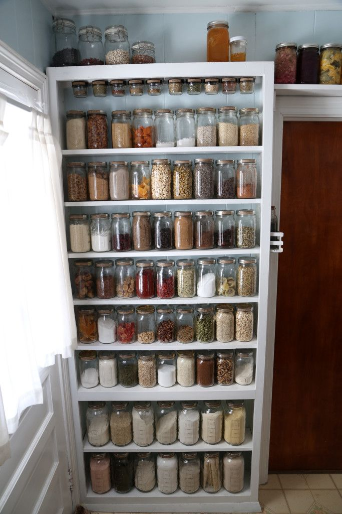 One day, I too shall have a pantry that looks like the bulk section of a co-op grocery store.