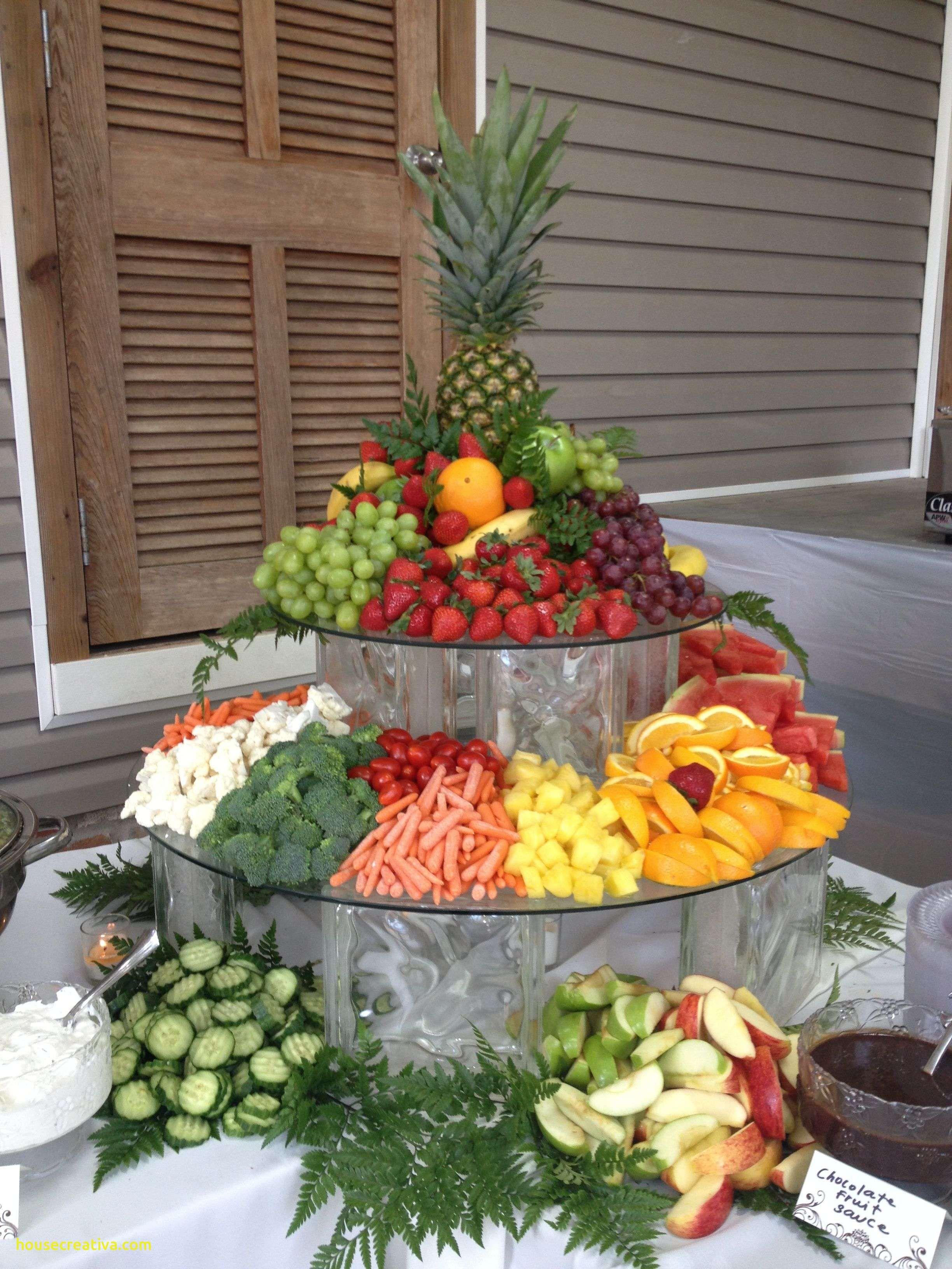 New Fruit Table Decorations For Weddings Homedecoration Homedecorations Homedecorationideas Homedecorationtrend Veggie Display Food Displays Wedding Food