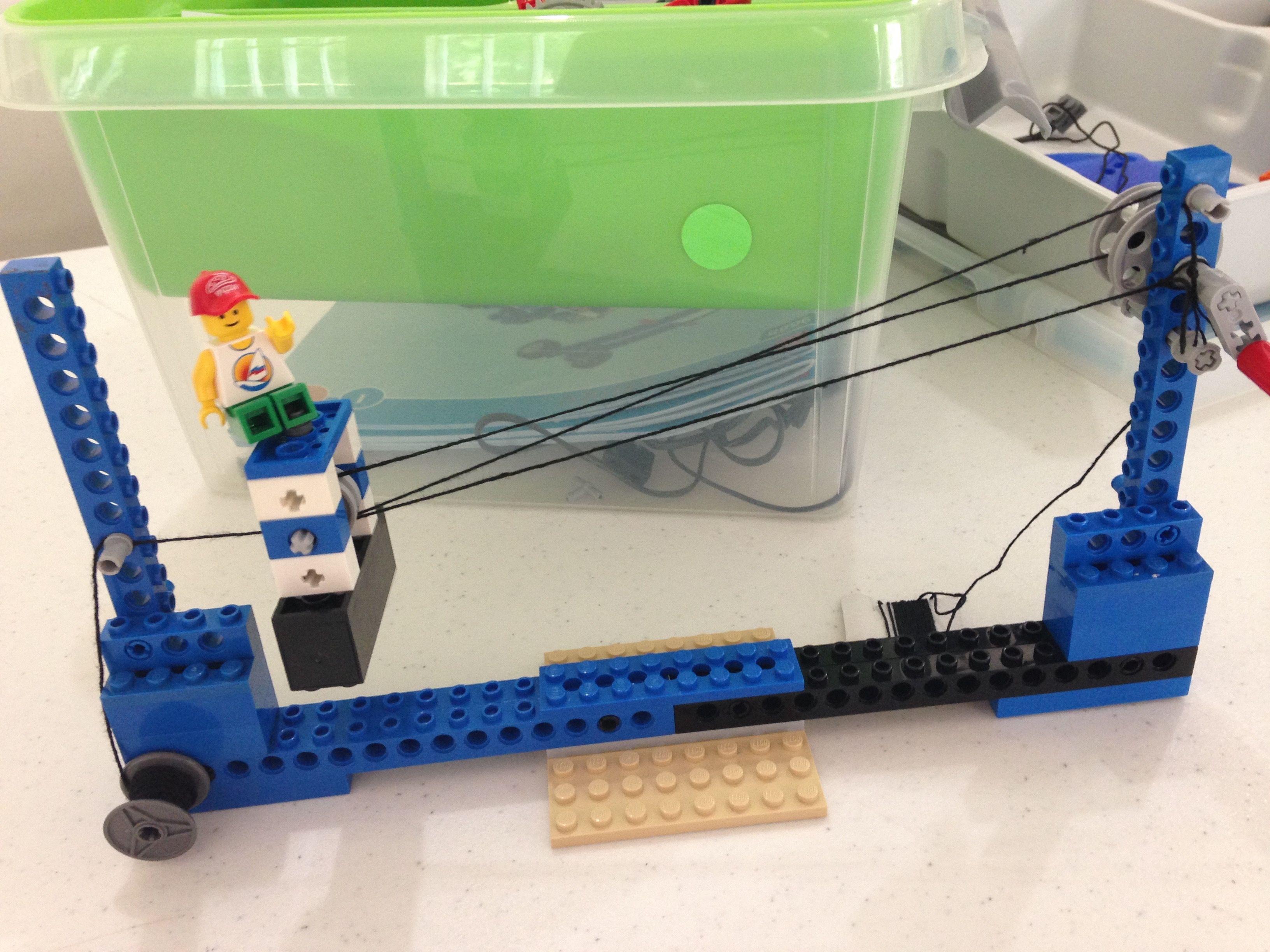 LEGO pulley system created by WoodlandsRobotics.com
