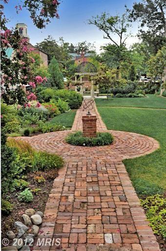 Http Www Alexandria Homesforsale Com Brick Garden Garden Art Outside Stairs