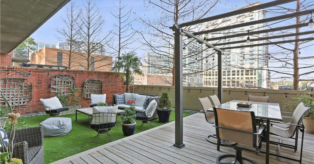 Buckhead loft with enormous patio called 'little slice of