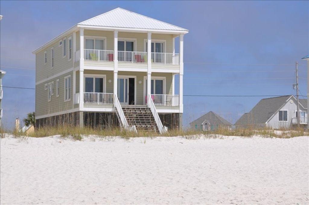 VRBO.com #293712 - Beautiful Home Directly on the Beach! - Custom Built 6 BR/5BA