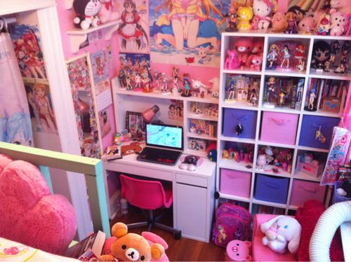 Discovered By ღℓacie ๑ Find Images And Videos About Anime Manga And Bedroom On We Heart It The App To Get Otaku Room Kawaii Room Cute Room Ideas
