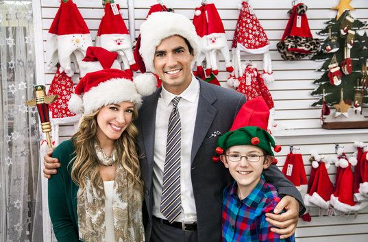 Hats Off To Christmas Hallmark Channel Hallmark Christmas Movies Family Christmas Movies Hallmark Movies