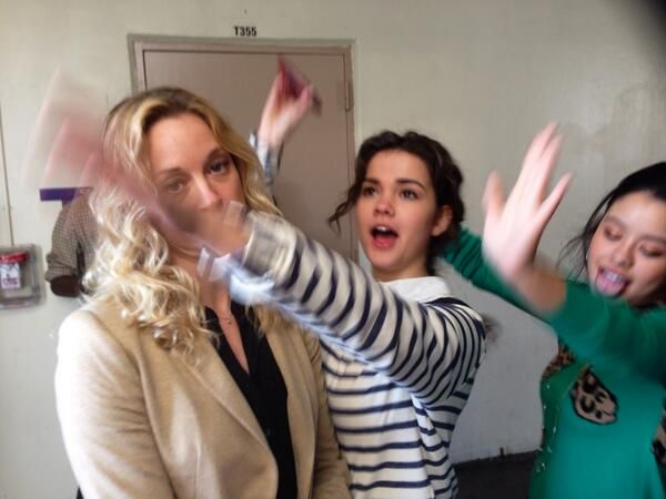 Maia Mitchell and Cierra Ramirez twerkin' it with Teri Polo on the set of The Fosters! haha!! :)