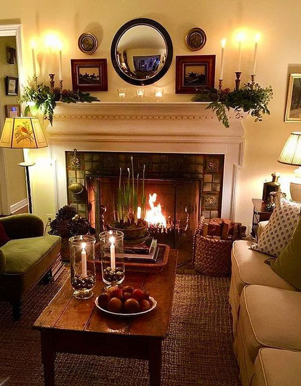 40 Stunning Living Room Decoration Ideas With Fireplace Farm House Living Room Living Decor Traditional Style Homes