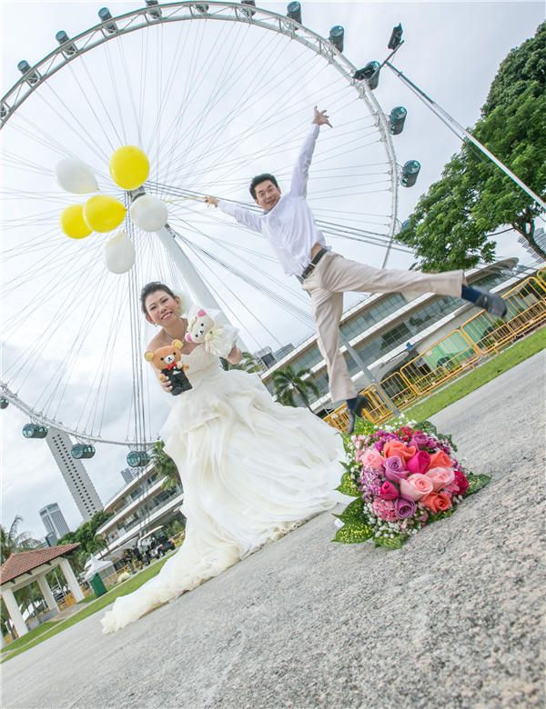 Pre-Wedding Photoshoot in Singapore Flyer (#PWP150023), have a - wedding flyer