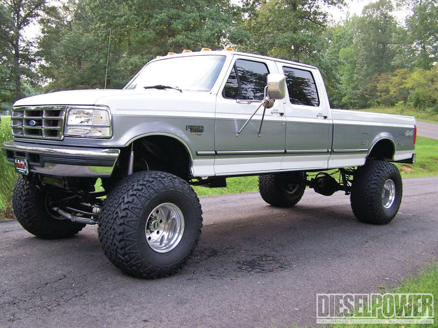 Good ol boy classic july 2013 readers diesels 1997 stance nationford trucksweldingdream