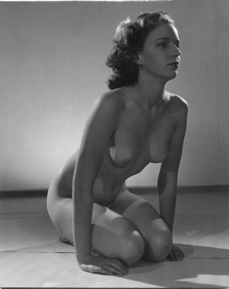 Jeffrey recommend best of vintage 1940s glamour nudes