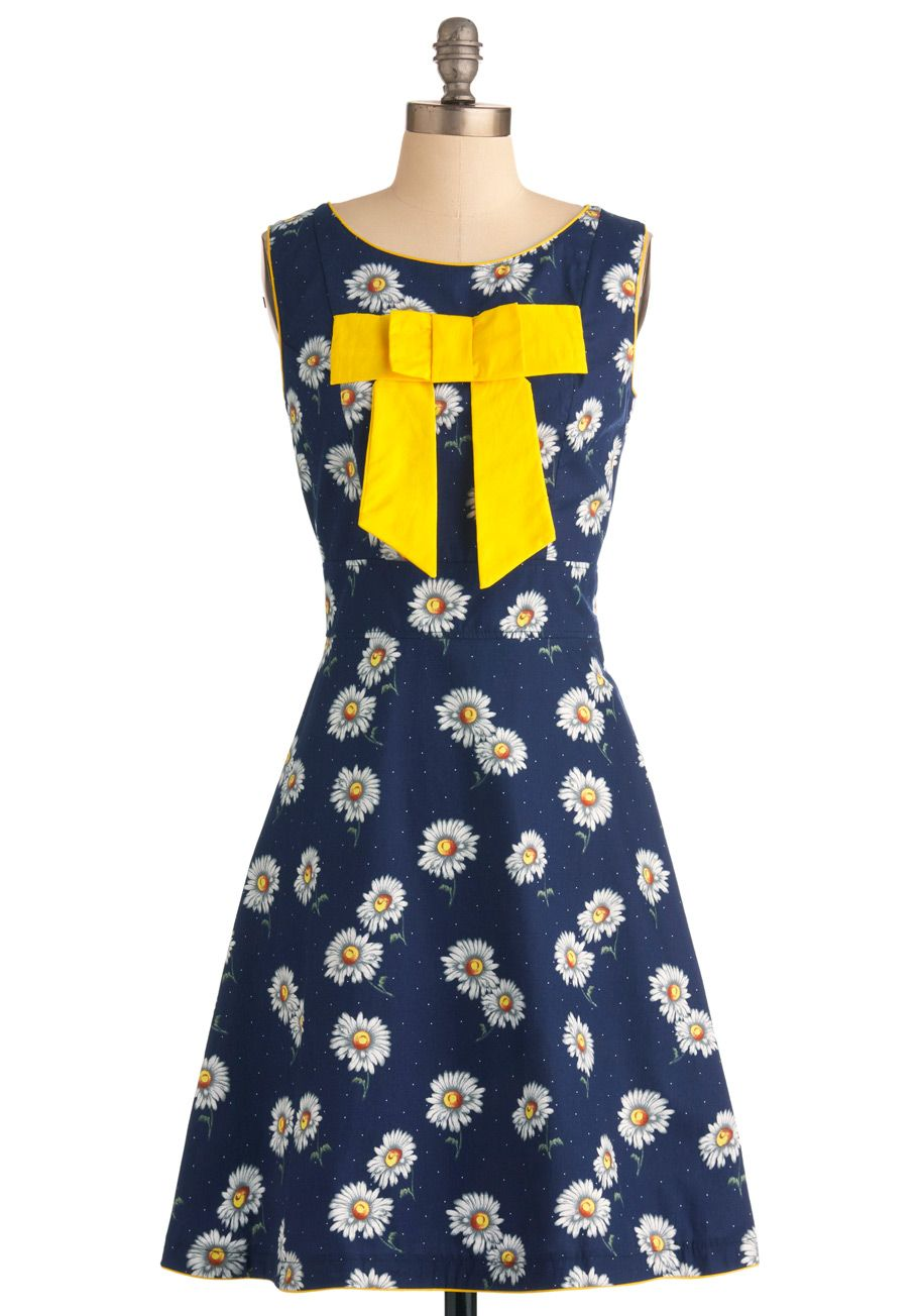 Daisy day in dress by trollied dolly long blue yellow white