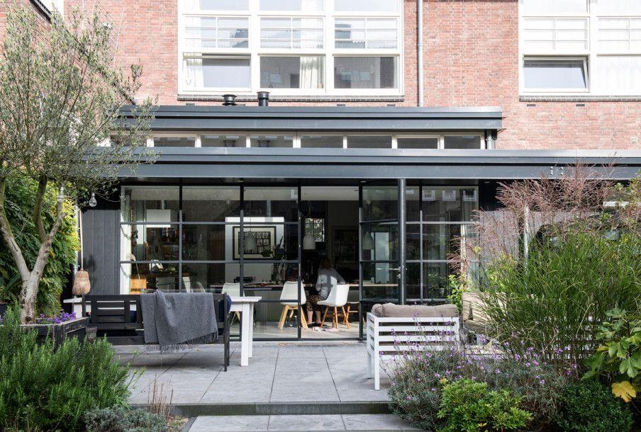 Grote Zwarte Terrastegels.Binnenkijken In Een Oud Schoolgebouw In Amsterdam Huis